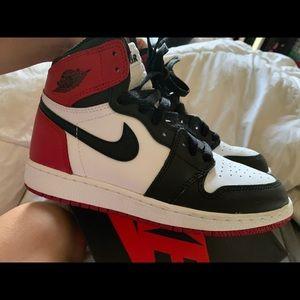 Air Jordan 1 Retro High OG 'Black Toe'